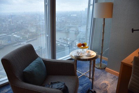 Deluxe City View room - View over Tower Bridge