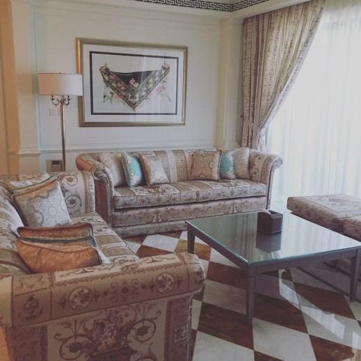Palazzo Versace Dubai - Residence suite sitting room
