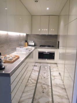 Palazzo Versace Dubai - Residence suite kitchen