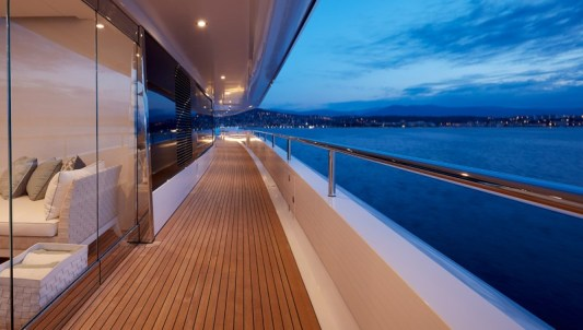 Corridor deck - @feadship picture