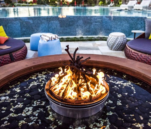 Firepit on pool side