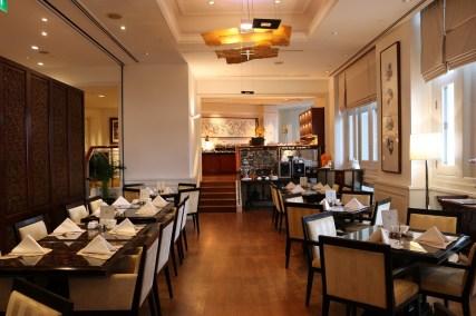 Straits Club lounge