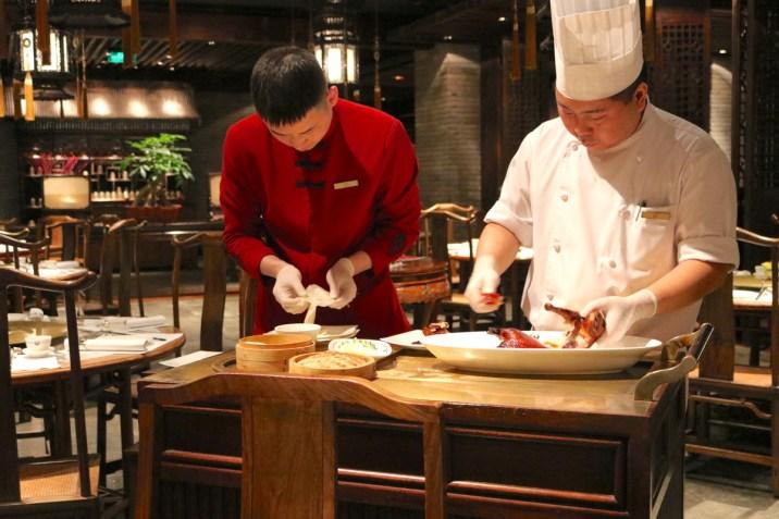 Huang Ting restaurant - Peking duck preparation