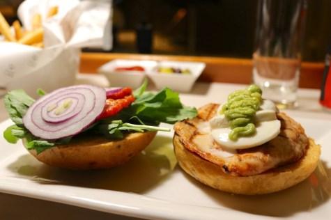 Room service - Healthy chicken sandwich