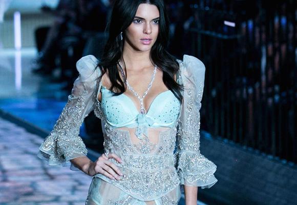 Kendall, estrella del desfile de Victoria's Secret