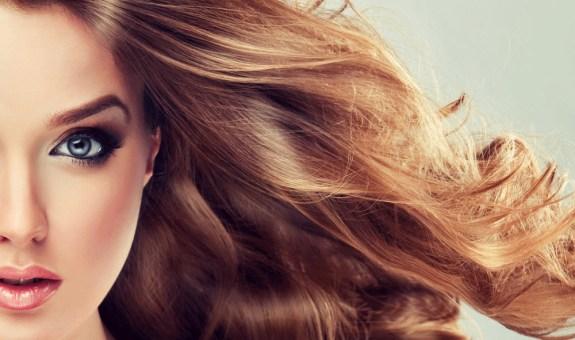 Kiwi para tu pelo. La moda Greenery ha llegado