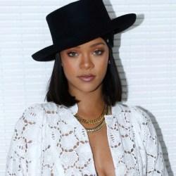 Rihanna, de todo, menos sencilla