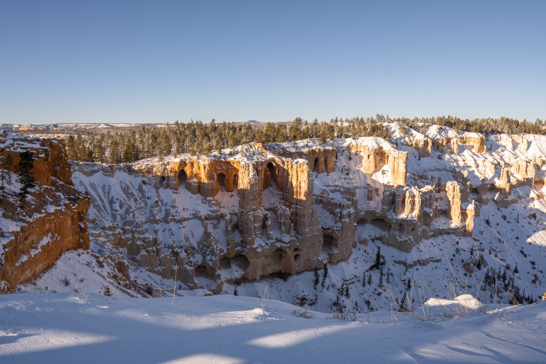 View looking to the far left side of the ridge of Bryce Point