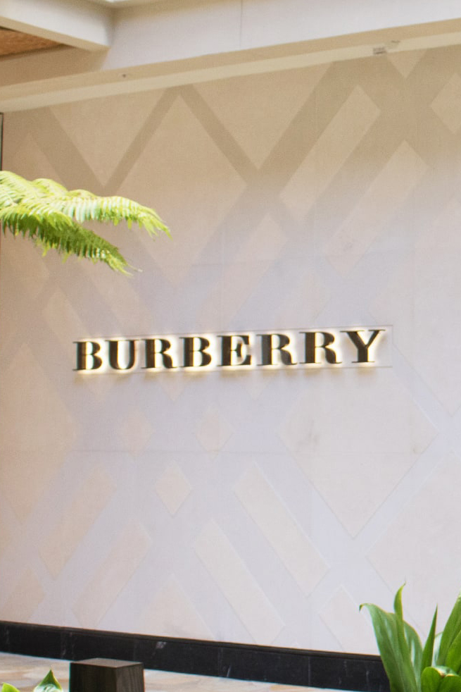 Burberry Waikiki Store