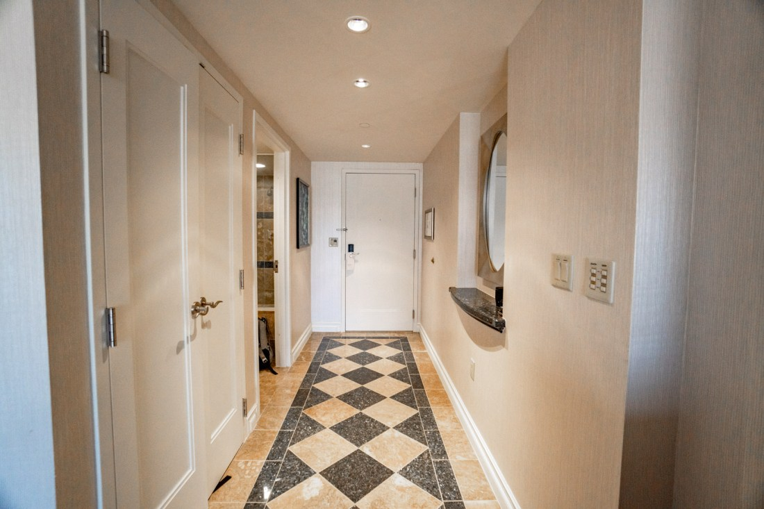 Bellagio Spa Tower King Room Hallway