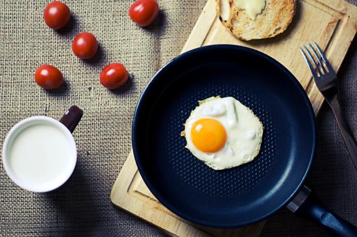 lower cholesterol naturally