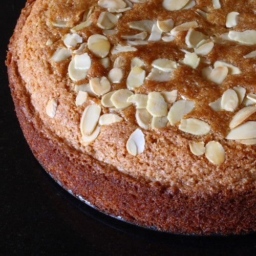 Hugh Fearnley-Whittingstall's wholemeal honey and almond cake