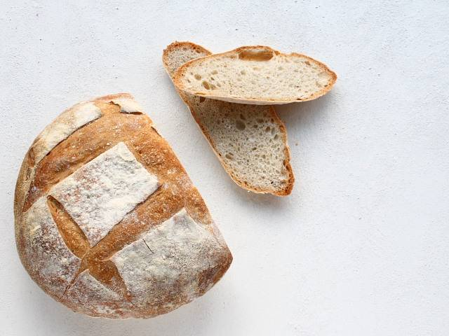 how to make sourdough bread with starter