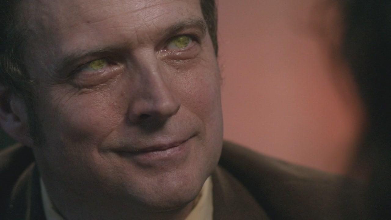 Dr._Brown_Yellow_Eyes