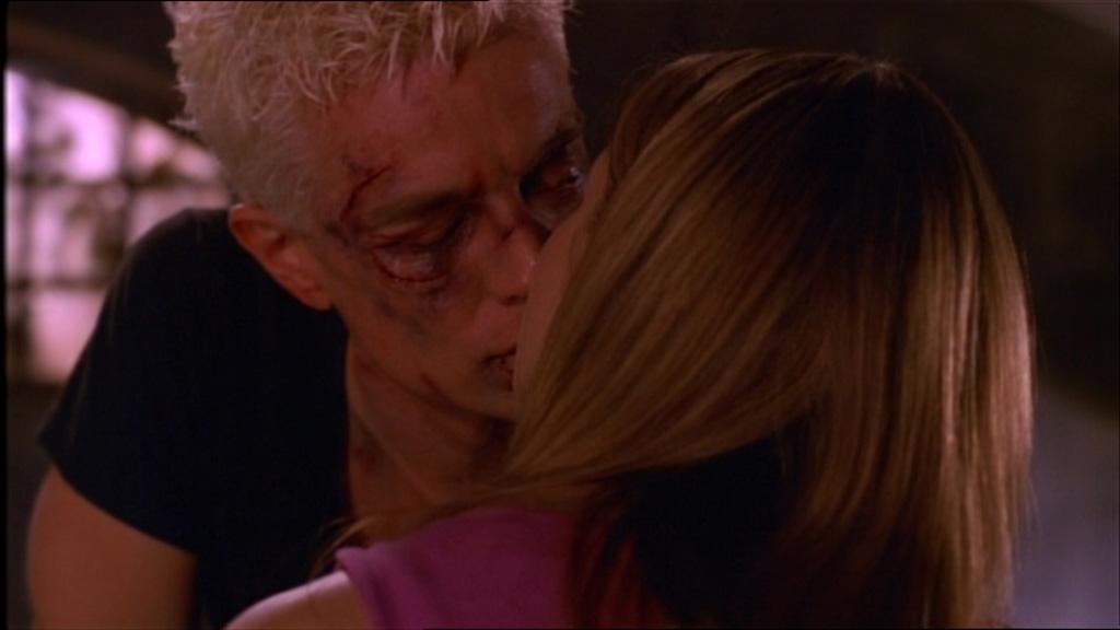 Spike e Buffy.