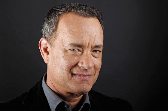 """ARCHIV: US-Schauspieler Tom Hanks posiert in Beverly Hills (Foto vom 18.06.11). Fuer Hanks waren die Dreharbeiten zu """"Cloud Atlas"""" ein ganz besonderes Erlebnis. """"Als Filmliebhaber in Babelsberg zu arbeiten ist wie ein Traum"""", sagte der 56-Jaehrige im dapd-Gespraech. Dort seien all die grossen deutschen Filme des Expressionismus entstanden, etwa Fritz Langs """"M - Eine Stadt sucht einen Moerder"""" oder """"Der blaue Engel"""" mit Marlene Dietrich. """"Fuer mich sind Filmstudios wie Kirchen: Sie stecken voller Geschichte"""", sagte Hanks. (zu dapd-Text) Foto: Matt Sayles/AP/dapd"""