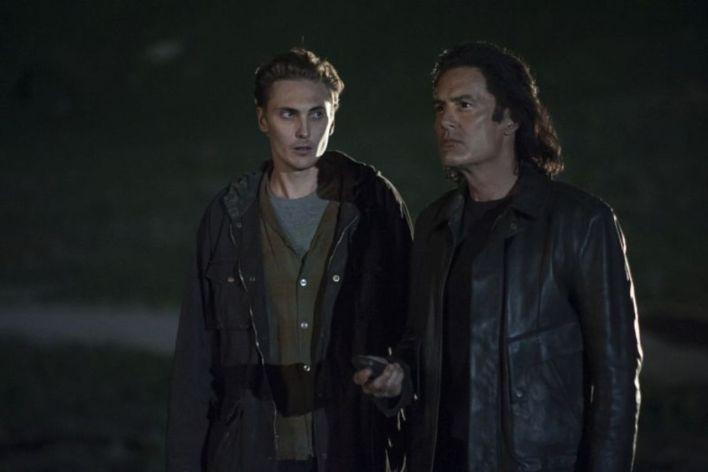 Twin Peaks 3 David Lynch Mark Frost Angelo Badalamenti, Kyle MacLachlan Sherilyn Fenn Laura Dern Tim Roth Eddie Vedder episodio 16