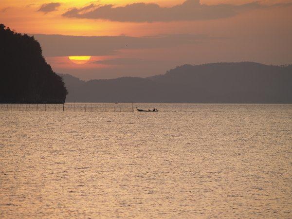 Sunset Ao Thalane - Thailand Kayaking