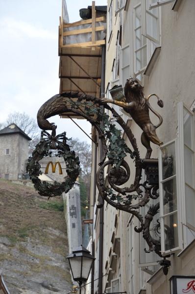 salzburg-mcdonalds-005