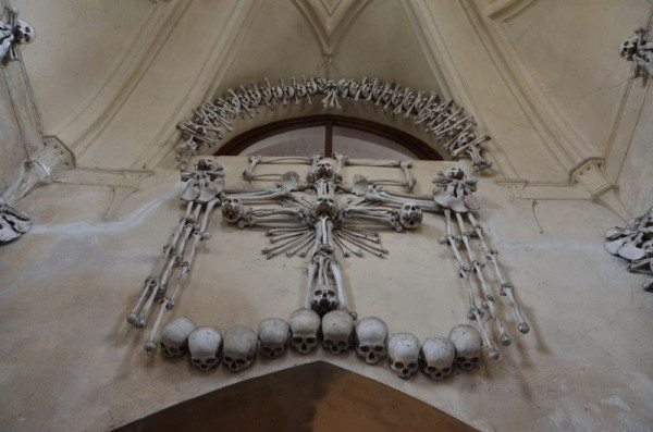 bone-church-sedlec-ossuary-002