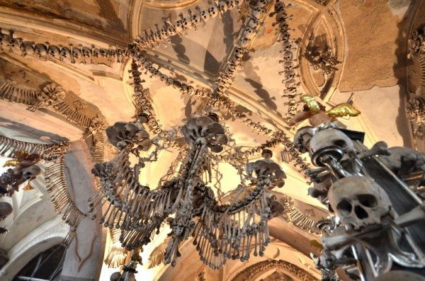 bone-church-sedlec-ossuary-010