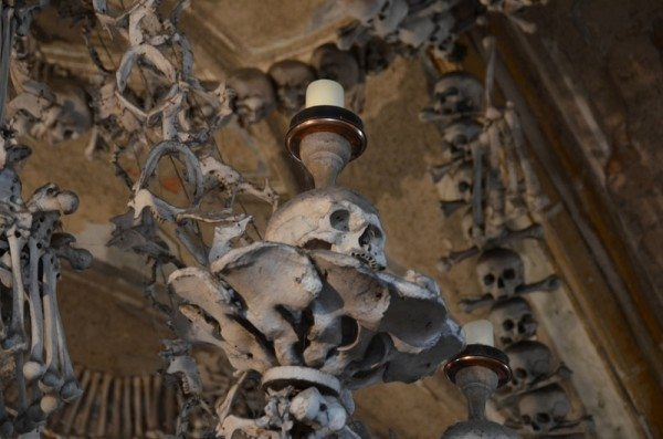 bone-church-sedlec-ossuary-016