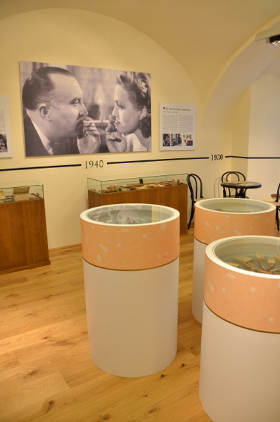 philip-morris-tobacco-museum-czech-004