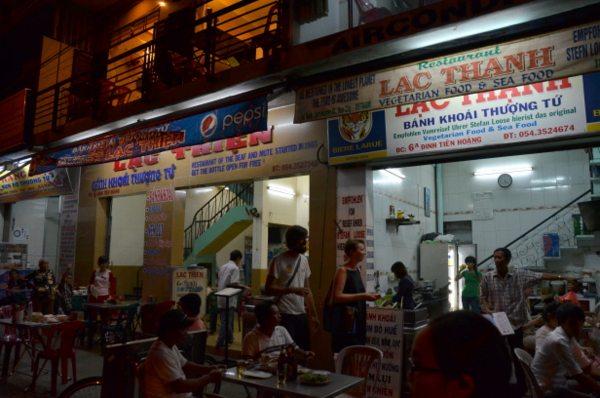 banh-khoai-lac-thein-hue