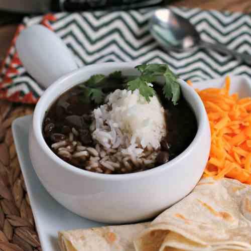 Slow Cooke Black Bean Soup