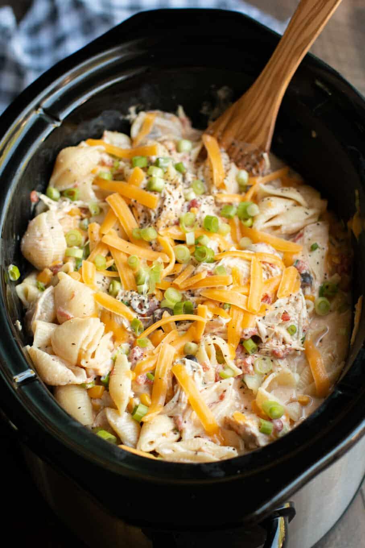 Slow Cooker Southwestern Cheesy Chicken Pasta