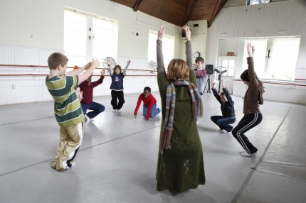 Eurythmy - Discovering Waldorf - www.theMagicOnions.com