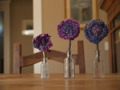beautiful finger knitting lavender yarn flowers