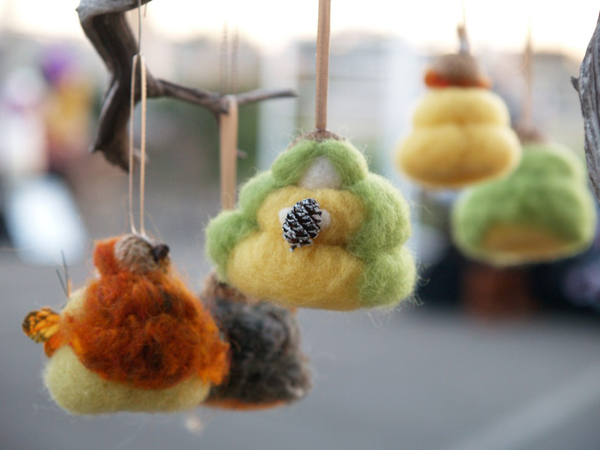 Needle Felted Fairy Ornaments : www.theMagicOnions.com