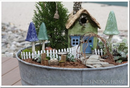 Fairy Garden Contest :: 2013 :: The Magic Onions - www.theMagicOnions.com