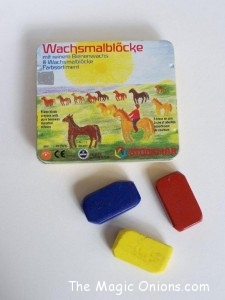 Crafting with Natural Materials - Beeswax Crayons - Discovering Waldorf :: www.theMagic Onions.com