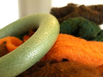 Felted Fall Door Wreath Totorial : www.theMagicOnions.com