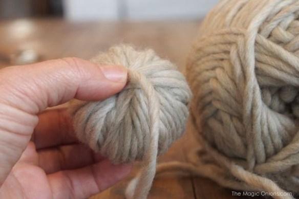 Tutorial : Wool Dryer Balls : www.theMagicOnions.com