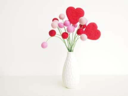 Felt Flowers : The Magic Onions : www.theMagicOnions.com/shop