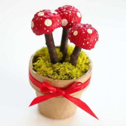 Photo fo Magic Acorn Toadstools in Autumn Magic Craft Box : www.theMagicOnions.com/shop