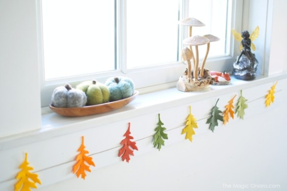 DIY :: Felt Leaf Garland Tutorial :: www.theMagicOnions.com