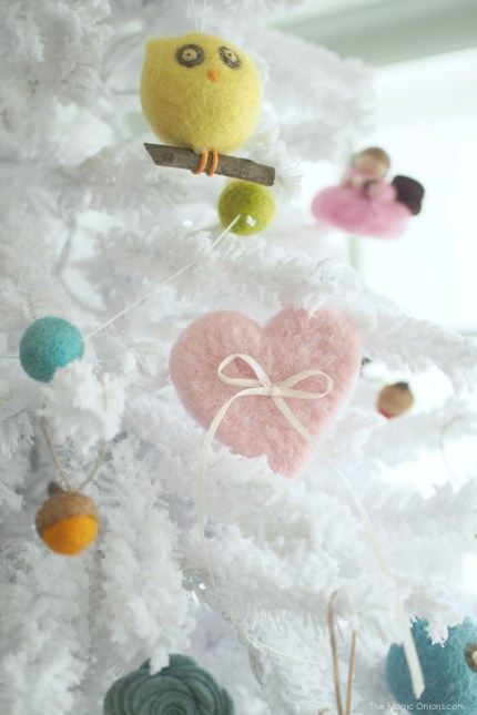 Needle Felted Heart Christmas Tree Ornaments : www.theMagicOnions.com