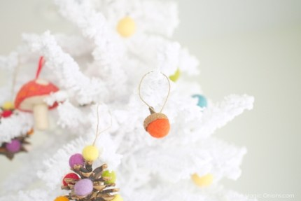 Needle Felted Acorn Christmas Tree Ornaments : www.theMagicOnions.com