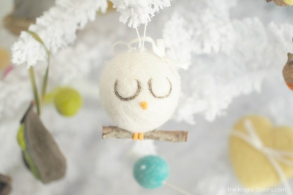 Needle Felted Bird Christmas Tree Ornaments : www.theMagicOnions.com