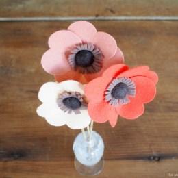 Felt Flowers ::  DIY Tutorial