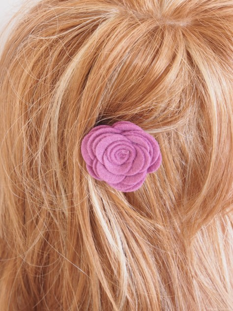 Make DIY Felt Flower Hair Barettes for Spring with The Magic Onions Blog