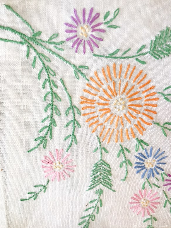 Antique Cross Stitch Embroidery :: The Vintage Trail :: Vermont