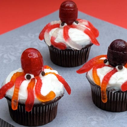 Ursula's Octopus Cupcakes! - The Main Street Mouse