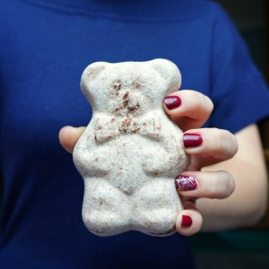 The Makeup Dummy | Cocoa Butter Bath Bomb Bear