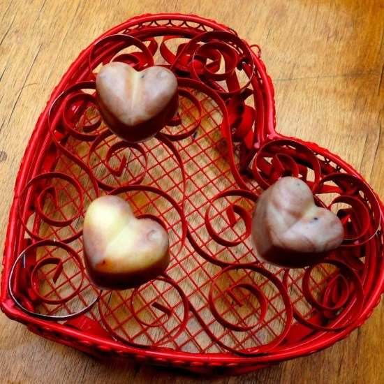 DIY lovers massage bars the perfect Valentine's day gift and treat! by The Makeup Dummy
