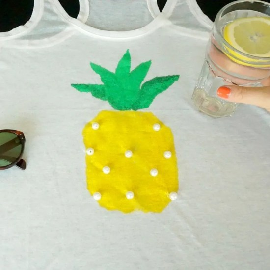 How to make your own personalized Pineapple Print | A DIY by The Makeup Dummy